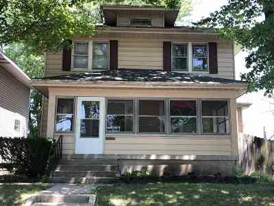 Fort Wayne Single Family Home For Sale: 3015 Lillie Street