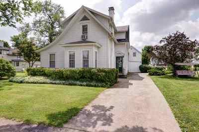 Kendallville Single Family Home For Sale: 328 S Oak Street