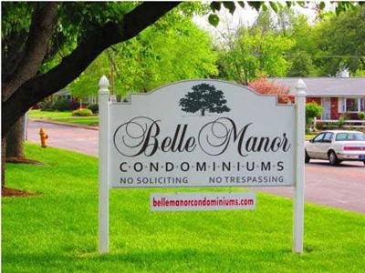 Evansville Condo/Townhouse For Sale: 600 S Cullen Avenue #107
