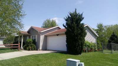 Elkhart Single Family Home For Sale: 56750 Meadow Glen Drive