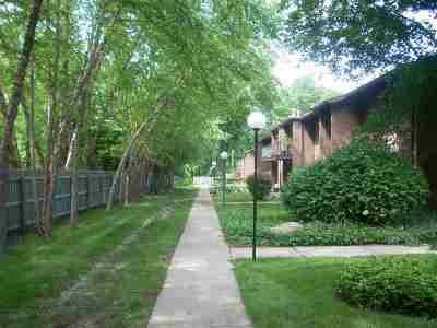 South Bend Condo/Townhouse For Sale: 2500 Topsfield Rd. Unit 404 Road #404