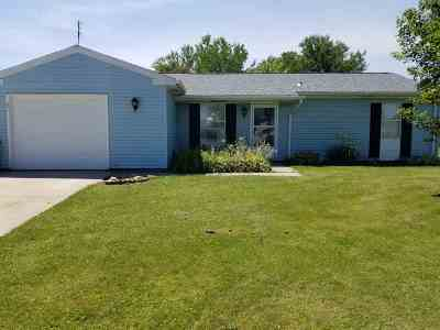Noble County Single Family Home For Sale: 2108 Pueblo Drive