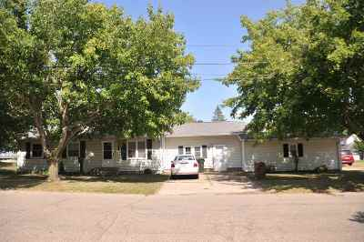 Plymouth Single Family Home For Sale: 211 S Plum Street