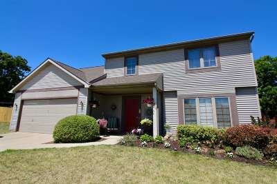 Fort Wayne Single Family Home For Sale: 1513 Monet Cove