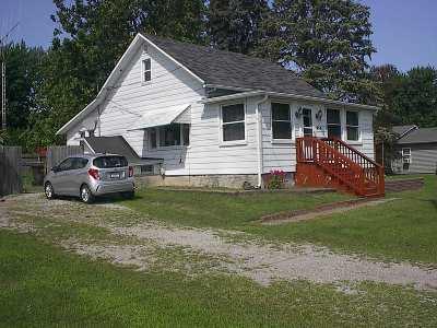 Dekalb County Single Family Home For Sale: 930 W Maple Street