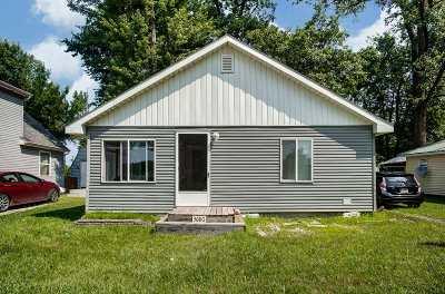 Columbia City Single Family Home For Sale: 3680 W Huntington Avenue