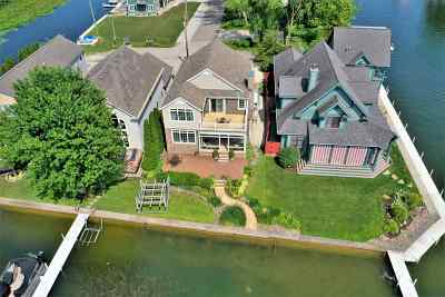 Syracuse Single Family Home For Sale: 8558 E Smith Drive
