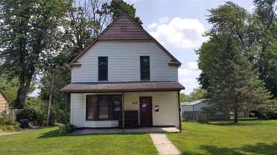 Warsaw Single Family Home For Sale: 427 Union Street