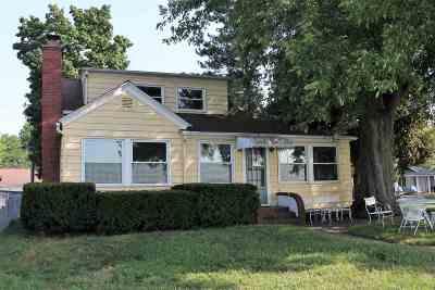 Syracuse Single Family Home For Sale: 8213 E Rosella Street