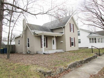 Mishawaka Single Family Home For Sale: 915 E 4th Street