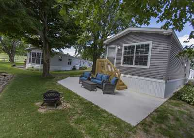 Angola Manufactured Home For Sale: 5110 N 450 W #106