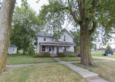 Auburn IN Single Family Home For Sale: $129,900