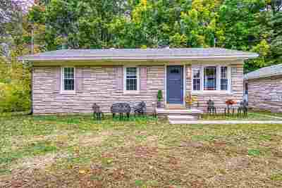 Newburgh Single Family Home For Sale: 801 & 811 Sharon Road