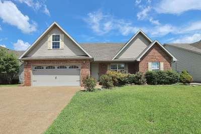 Newburgh Single Family Home For Sale: 10614 Fall Creek Drive