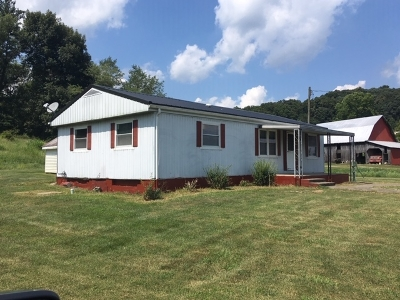 Dubois County Manufactured Home For Sale: 8675 E State Road 56