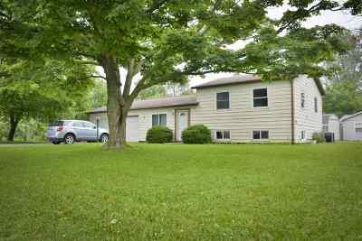 Allen County Multi Family Home For Sale: 1251 Edenton Drive