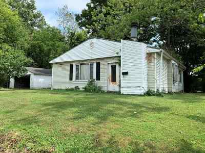 Evansville IN Single Family Home For Sale: $39,900