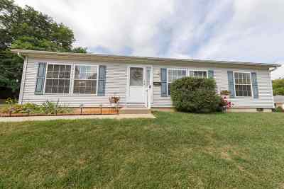South Bend Single Family Home For Sale: 3901 Brookton Drive