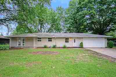 St. Joseph County Single Family Home For Sale: 17455 Cleveland Road