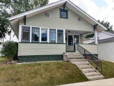 Mishawaka Single Family Home For Sale: 915 E Mishawaka Avenue