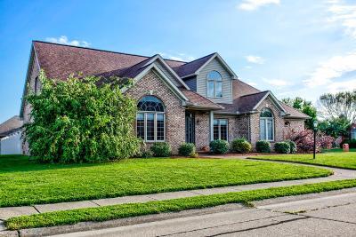 Newburgh Single Family Home For Sale: 8155 Kingston Drive