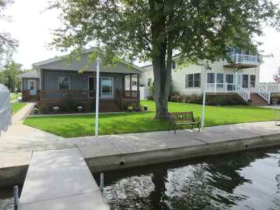 Noble County Single Family Home For Sale: 108 W Waldron Lake Drive