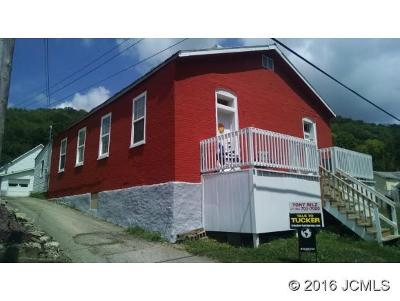 Multi Family Home For Sale: 1011 First St