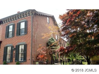 Madison Single Family Home For Sale: 419 Main St