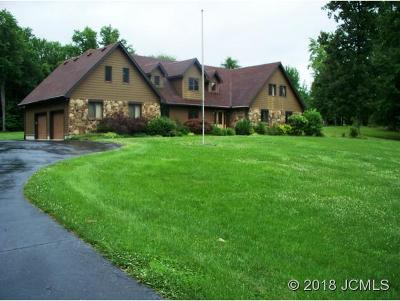 Single Family Home For Sale: 2286 Robin Rd