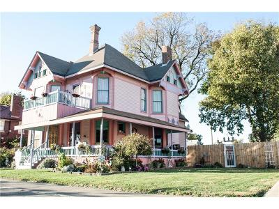 Shelbyville Single Family Home For Sale: 312 West Washington Street