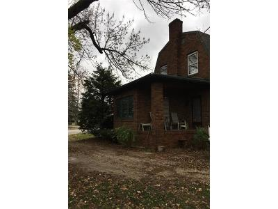 Parke County Single Family Home For Sale: 705 Southwest Ohio Street