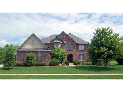 Fishers Single Family Home For Sale: 12836 Whitebridge Drive