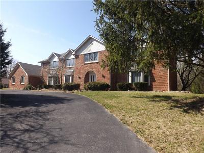 Indianapolis Single Family Home For Sale: 7520 Maisons Court