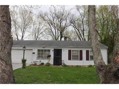 Indianapolis Single Family Home For Sale: 3637 Chrysler Street