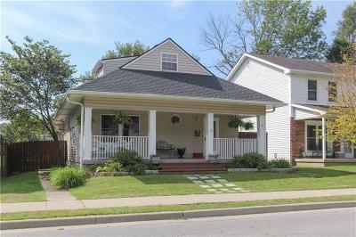 Zionsville Single Family Home For Sale: 853 West Oak Street