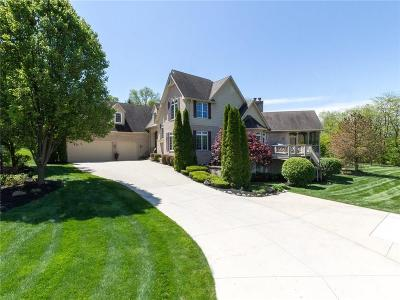 Fishers Single Family Home For Sale: 10101 Quaker Ridge Court