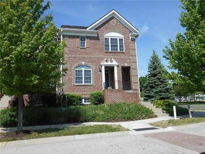 Boone County, Clinton County, Hamilton County, Hendricks County, Madison County Condo/Townhouse For Sale: 13098 Overview Drive #5E