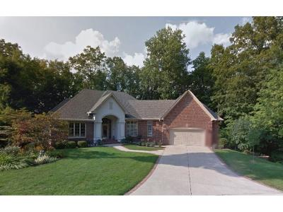 Boone County, Clinton County, Hamilton County, Hendricks County, Madison County Condo/Townhouse For Sale: 4016 Knollwood Lane
