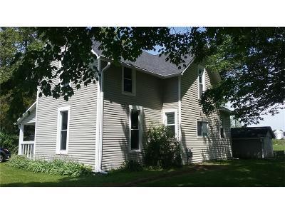 Rushville Single Family Home For Sale: 8914 North 450 Road E