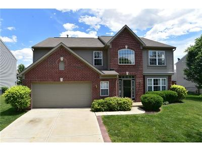 New Palestine Single Family Home For Sale: 2323 South Woodgrove Way
