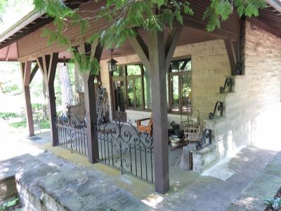 Delaware County Single Family Home For Sale: 10700 East Hills And Dales Drive