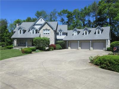 Shelbyville Single Family Home For Sale: 3878 East State Road 44 Road