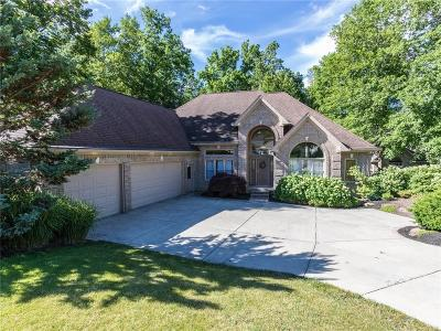 Indianapolis Single Family Home For Sale: 12255 Ridgeside Road