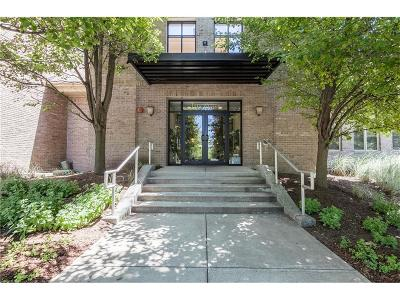 Condo/Townhouse For Sale: 8555 One West Drive #104