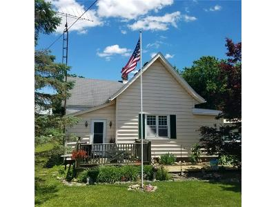 Rushville Single Family Home For Sale: 902 South Old 3