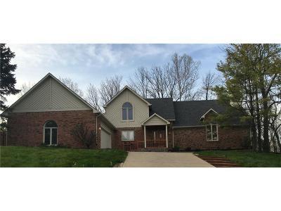 Carmel Single Family Home For Sale: 9764 Cedar Point Drive