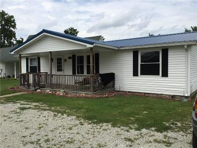 Decatur County Single Family Home For Sale: 8300 East 210 S