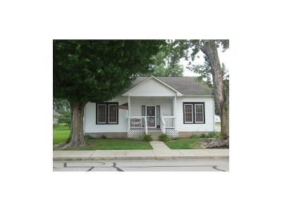 Rushville Single Family Home For Sale: 1202 North Willow Street
