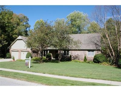 Fishers Single Family Home For Sale: 12952 Fawns Ridge