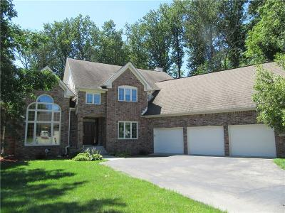 Indianapolis Single Family Home For Sale: 9016 Anchor Bay Drive